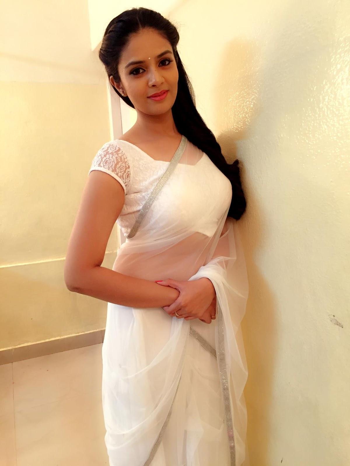 Actress Sreemukhi Latest HD Images