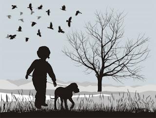 crianca-e-cachorro-passeando