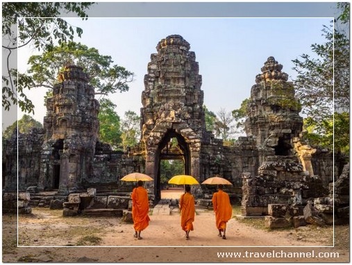 Angkor Wat, Cambodia - 10 Amazing Best Place to Travel and Escape World