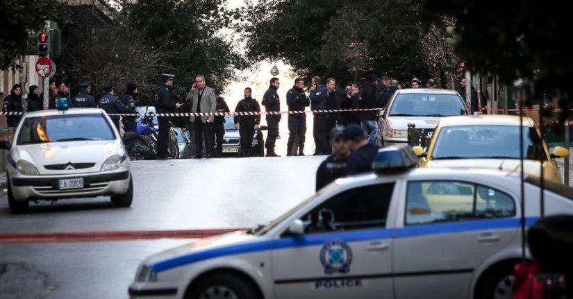 Έκρηξη στην εκκλησία του Αγίου Διονυσίου στο Κολωνάκι: Δύο τραυματίες