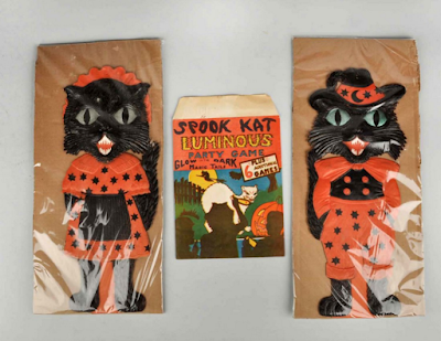 Poor auction results for vintage Halloween collectibles.
