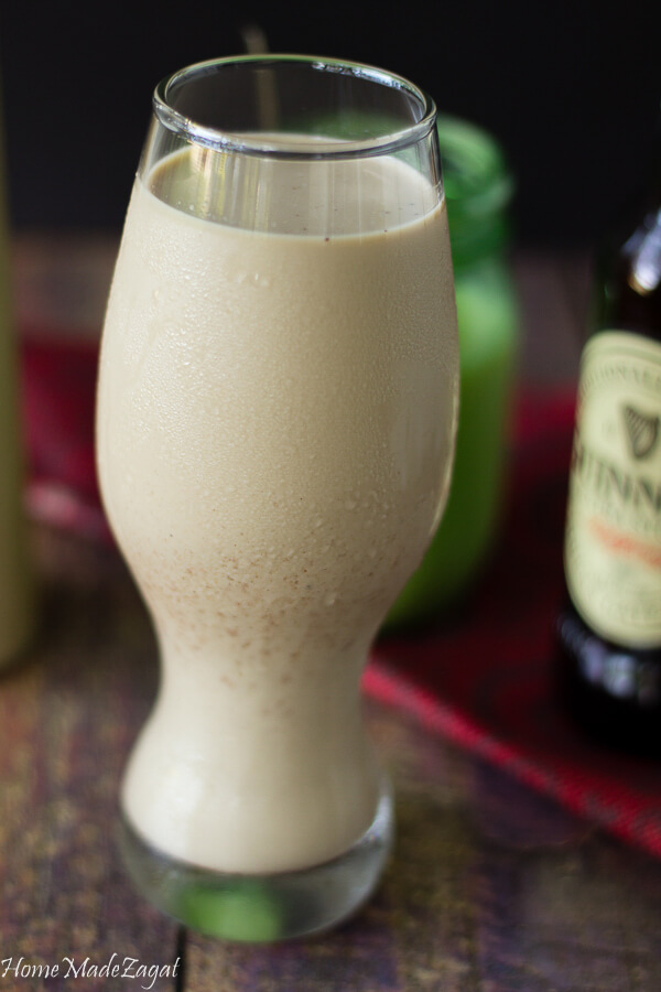 this Guinness Punch is the perfect drinkable to cool downward on a hot summertime 24-hour interval Caribbean Area Guinness Stout Punch