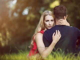 كيف تنقدين العلاقة العاطفية من الفشل