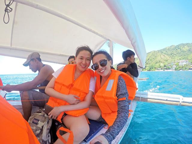 (c) Rizza Salas & Marga Salas x Fortalez / Oscar Island