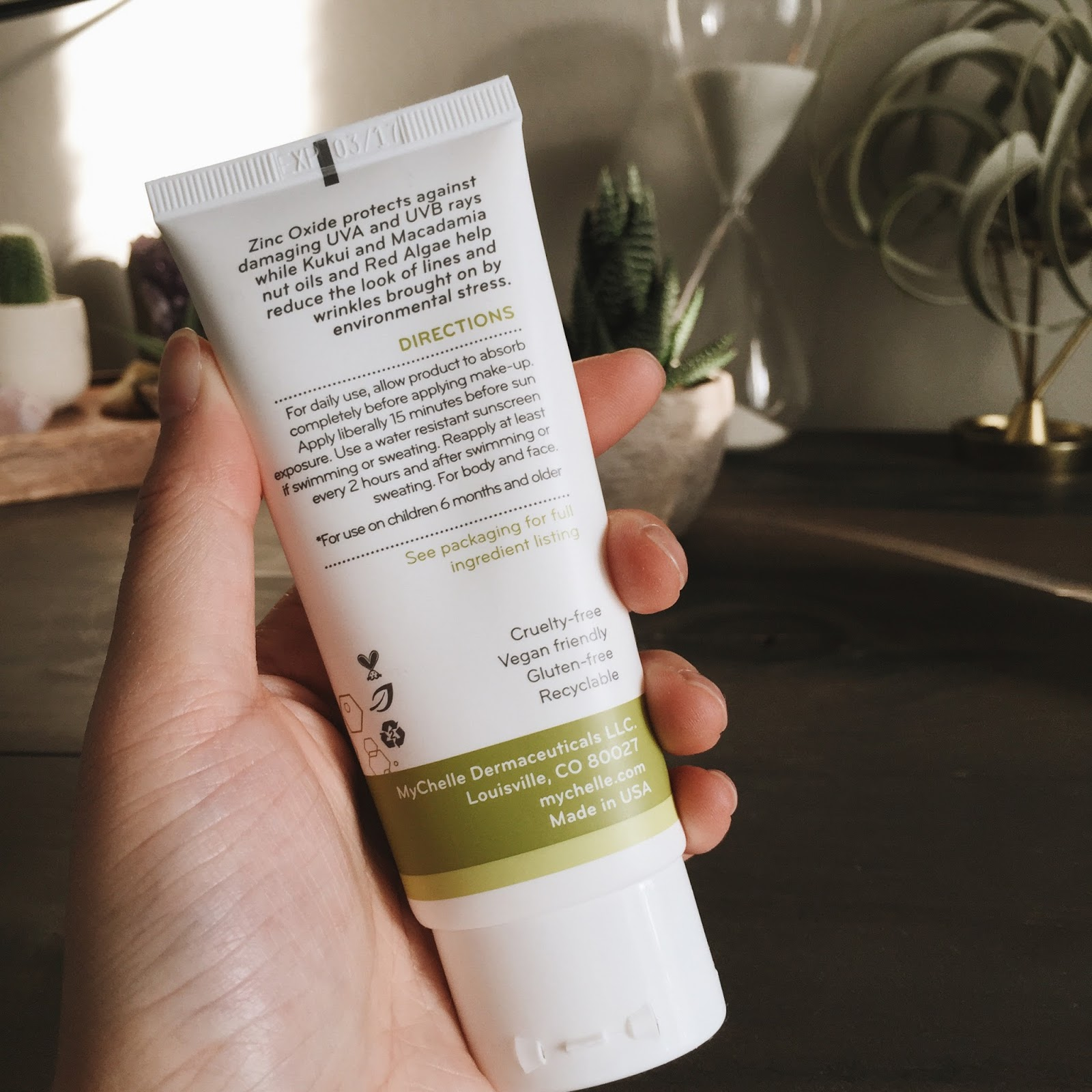 Sunscreen, an Everyday Essential - hellolindasau   green beauty + ...