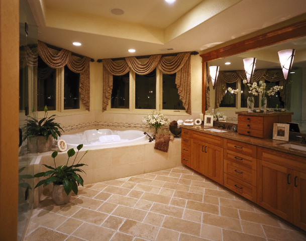 Fancy Bathroom: Remodeling With Double Bathroom Vanities
