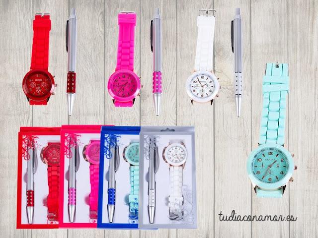 Conjunto de reloj de silicona de colores y bolígrafo en caja de regalo. Un detalle moderno, diferente y original.