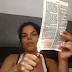 ABSURDO: Em ato profano Socialite Day McCarthy Queima a Bíblia em vídeo