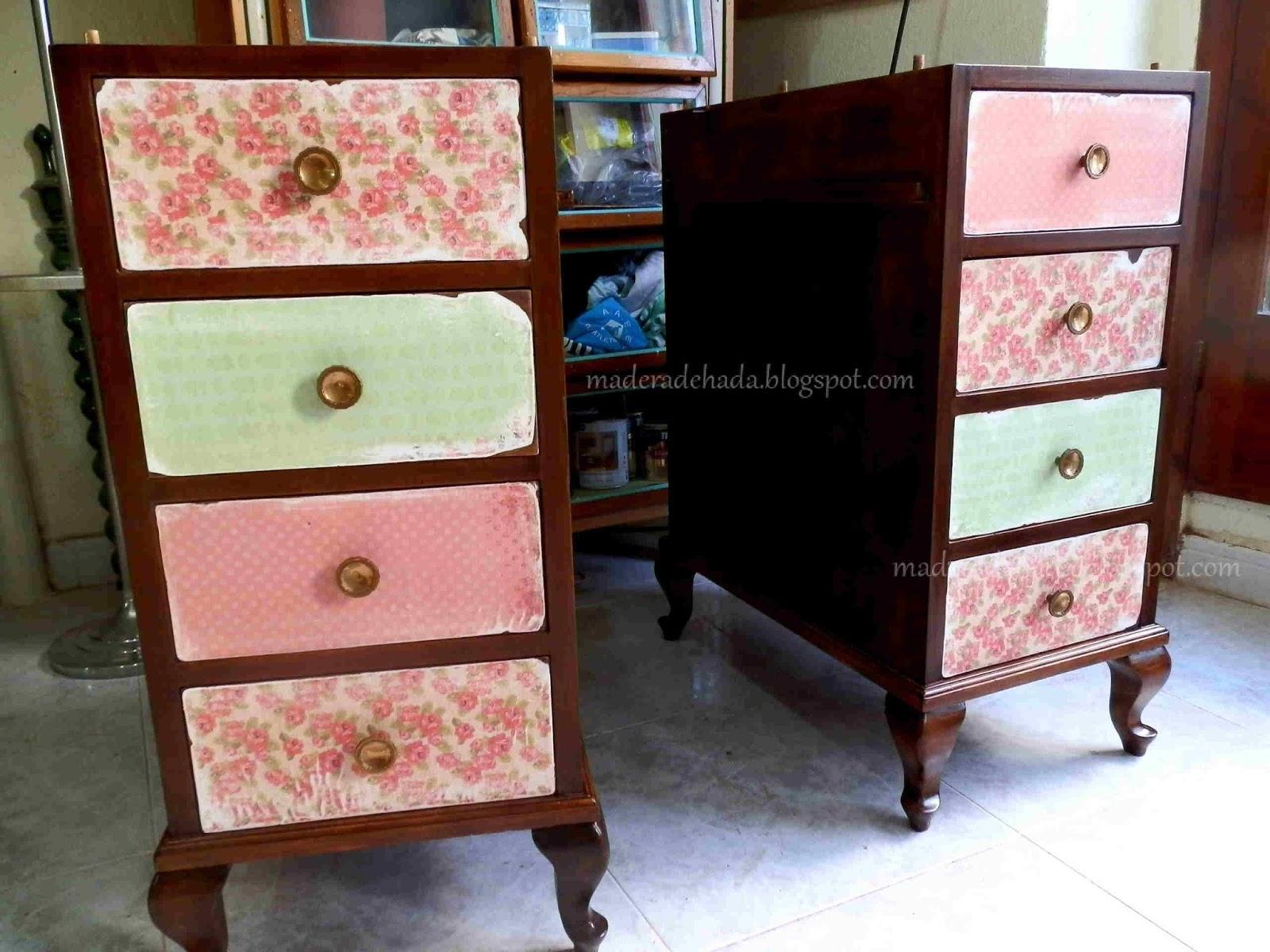 Como Decapar Un Mueble De Madera Finest Mueble Decorado Con  # Muebles Forrados Con Papel
