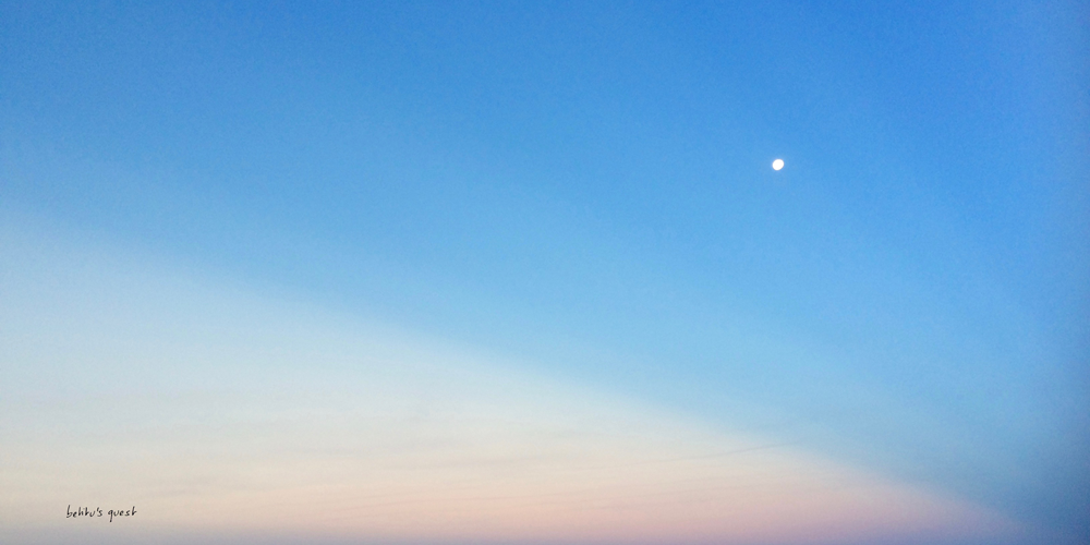 moon and sky at dusk  by betitusquest