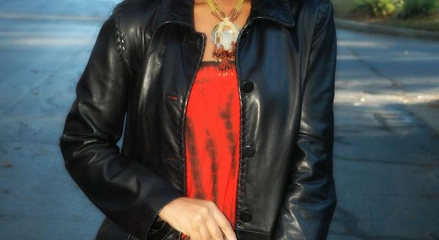 http://www.vestiairecollective.com/women-clothing/dresses/asos/multicolour-asymmetric-dress-special-edition-africa-asos-1862547.shtml?ranMID=40393&utm_source=linkshare_us&utm_support=affiliation&utm_campaign=concept_us&utm_content=1862547J84DHJLQkR4-HuWON.pCLih9KY5uF5gTkg