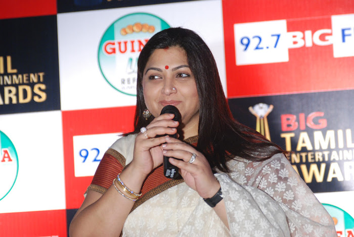 kushboo in saree at big fm et awards actress pics