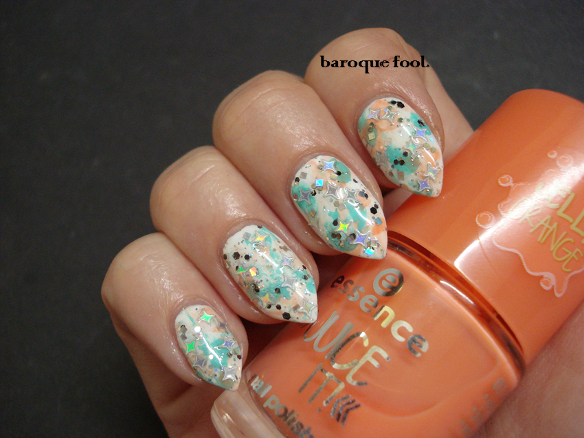 baroque fool: TUTORIAL: Holographic stars nails