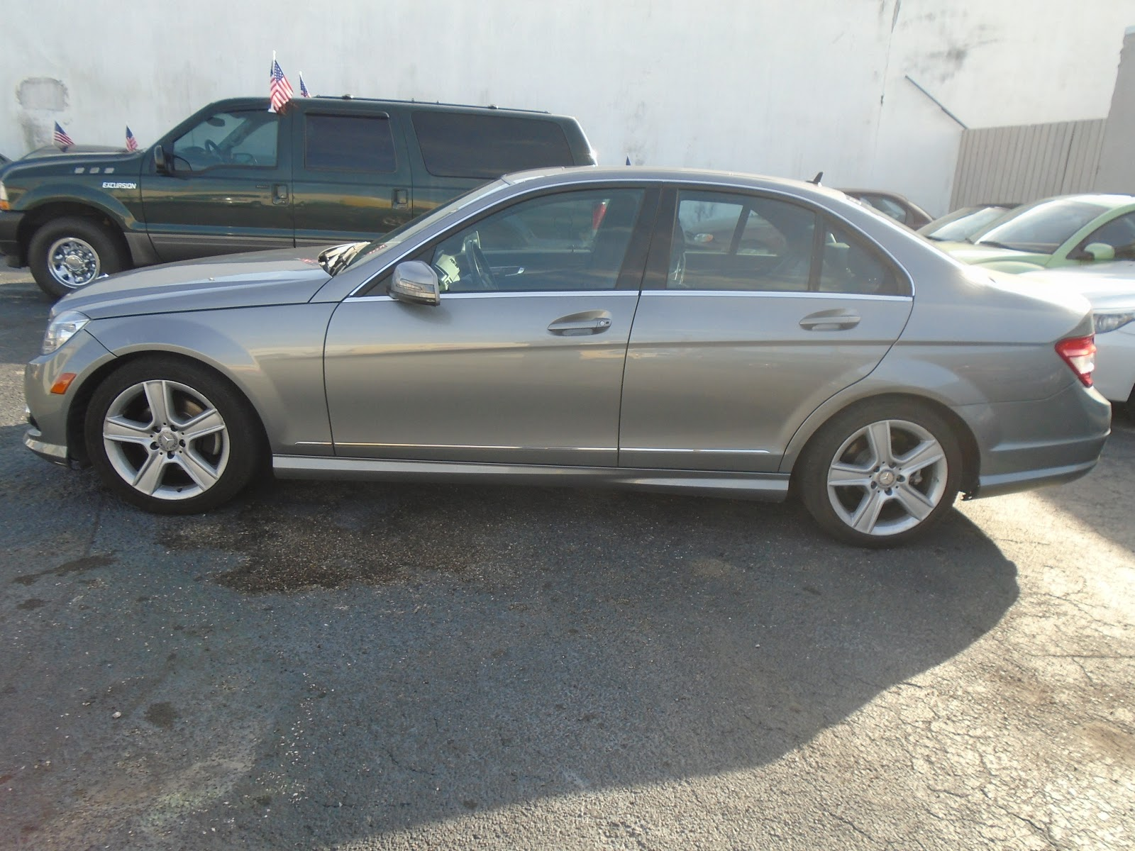 Tax loyalty tax rapid refund and jt auto sales buy here for Mercedes benz buy here pay here