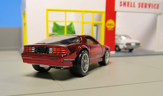 Hot Wheels RLC  Camaro IROC-Z