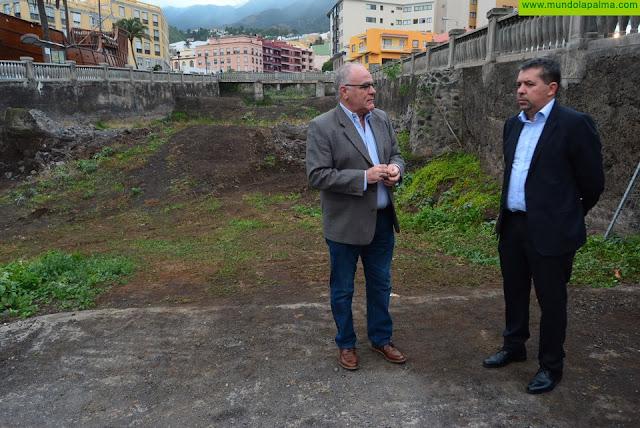 El Cabildo encarga el proyecto para cubrir el tramo final del barranco de las Nieves en la capital