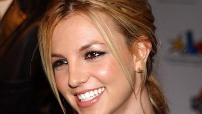 """Lirik Lagu Britney Spears - Toxic"""