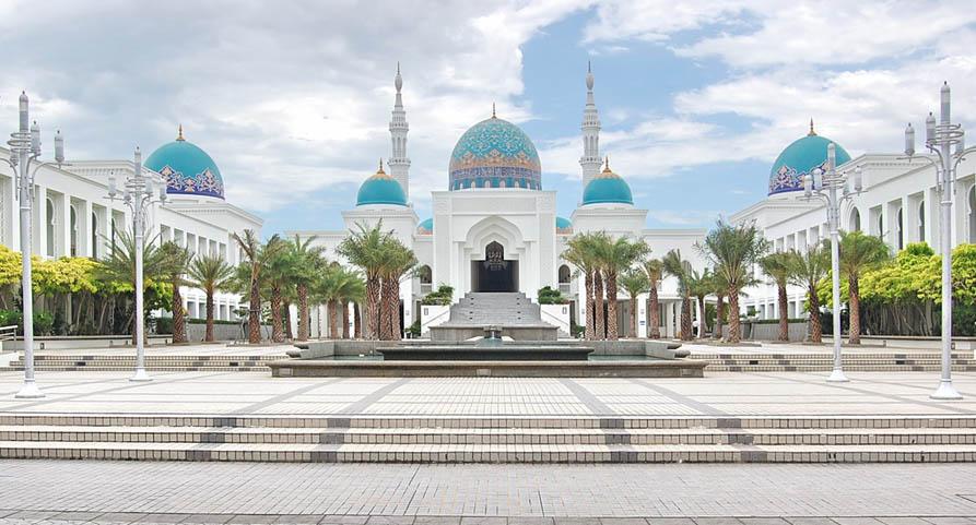 Antara masjidmasjid tercantik di Malaysia  Therikix