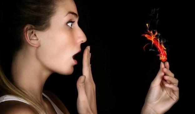 Manfaat Dan Bahaya Makanan Pedas Yang Wajib Kita Ketahui