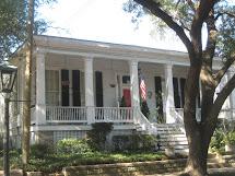 Southern Folk Artist & Antiques Dealer Collector De