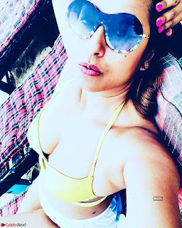 Kashmeera Shah in Bikini Selfies ~  Exclusive 010.jpg