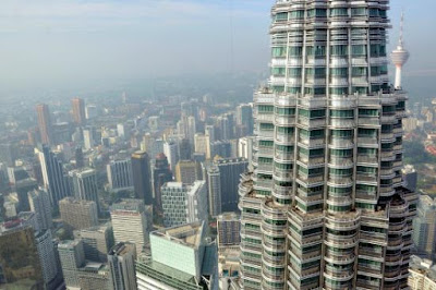 Construction of Petronas Twin Towers KLCC