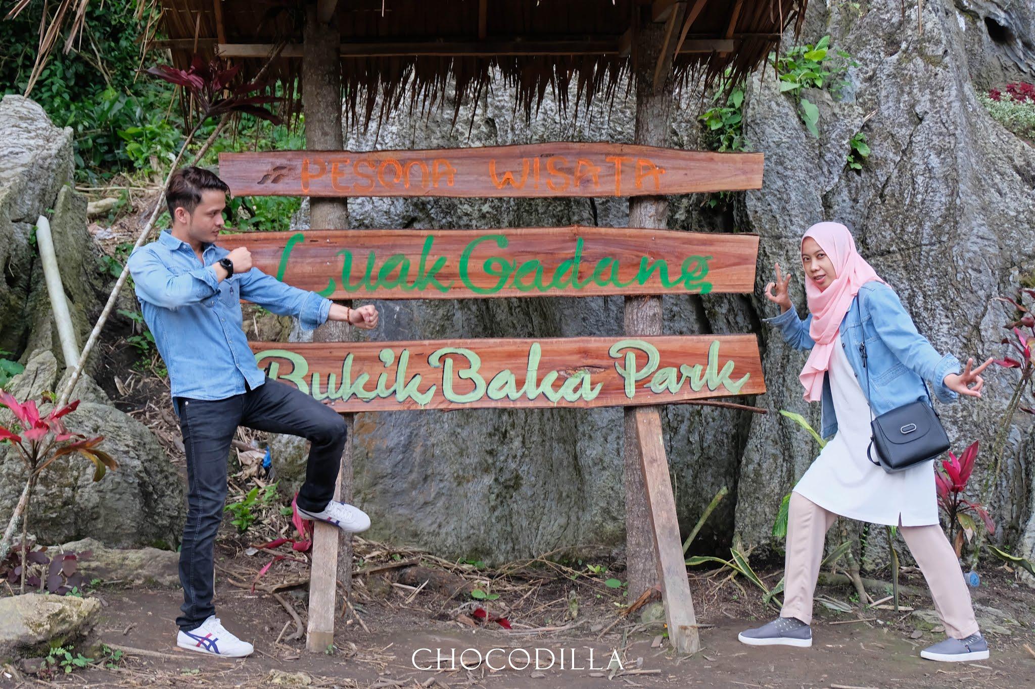 Main Sampan di Bukik Baka Park di Luak Gadang