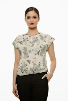 Bluza din voal creponat cu imprimeu fluturi SR02BH (Ama Fashion)
