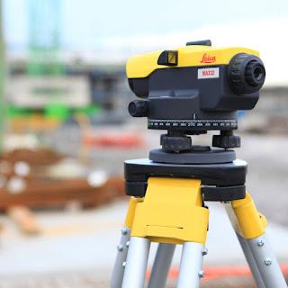 Spesifikasi Automatic Level Leica NA-332 Medan