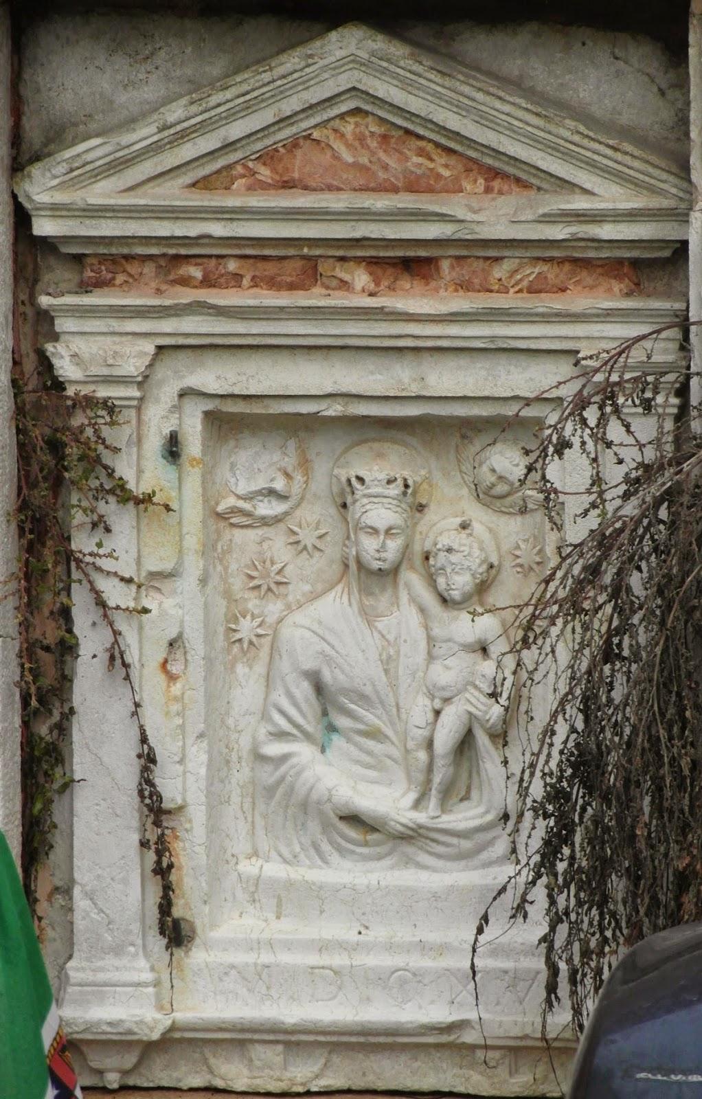 Relief of the Virgin and Child, Ponte del Cavallo, Venice