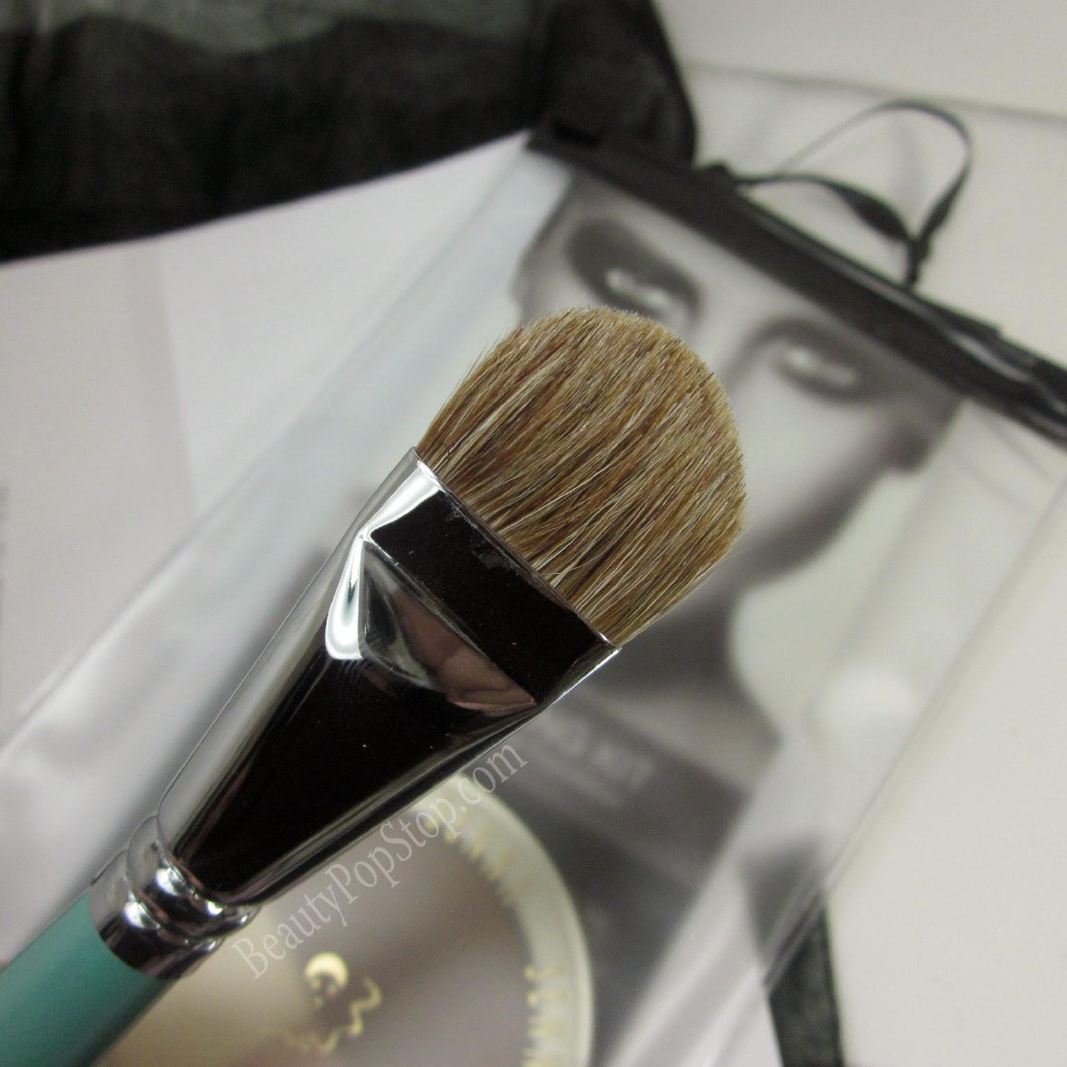 senna foundation 20 makeup brush review