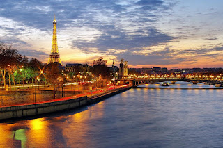 January Prize Draw: A One Night Deluxe Paris Break For 2 With A Seine River Cruise Included
