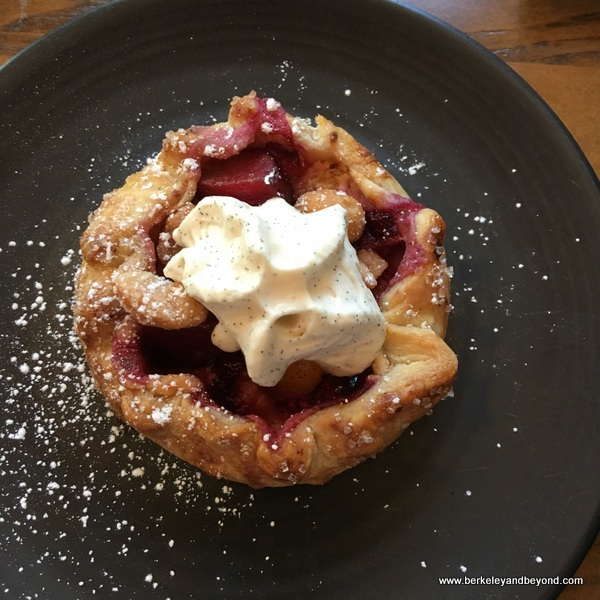 fruit tart at Sabio on Main in Pleasanton, California