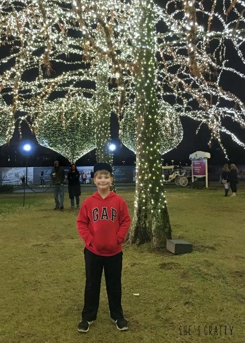 Holiday Bucket List Ideas, see Christmas Lights, Opryland