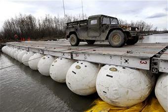 Inflatable Ball Bridge