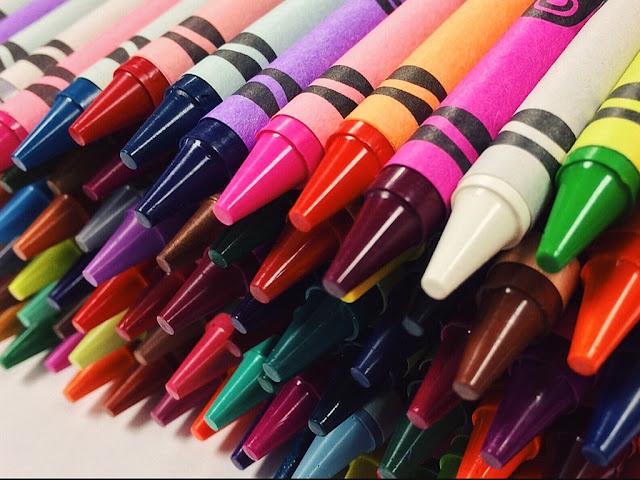 gambar belajar mewarnai dengan crayon