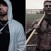 """Eminem responde faixa diss do MGK com a inédita """"KILLSHOT""""; ouça"""