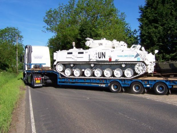 There was a tank, and became a wedding limo