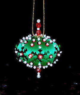 SNOWFLAKE CAROUSEL ~ 12 Beaded Sequin Ornaments Kit
