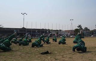 Prajurit TNI Angkatan Darat Wajib Hukumnya Jago Bela Diri - Commando