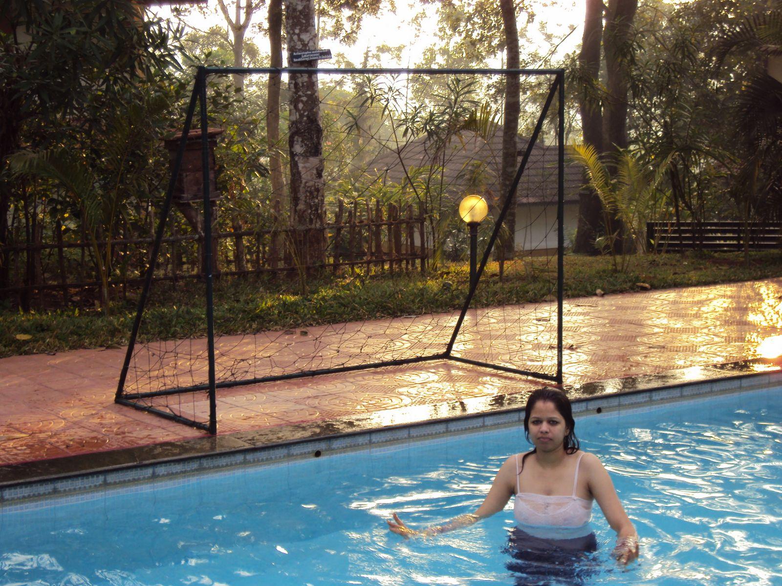 Sweet Indian Girl In Bikini At Water Park - Hd Latest -9415