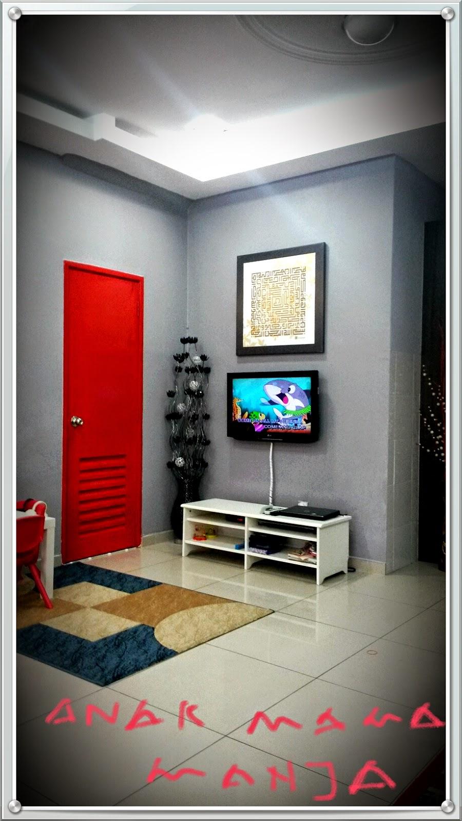 Ruang Tamu Merah Kelabu | Desainrumahid.com