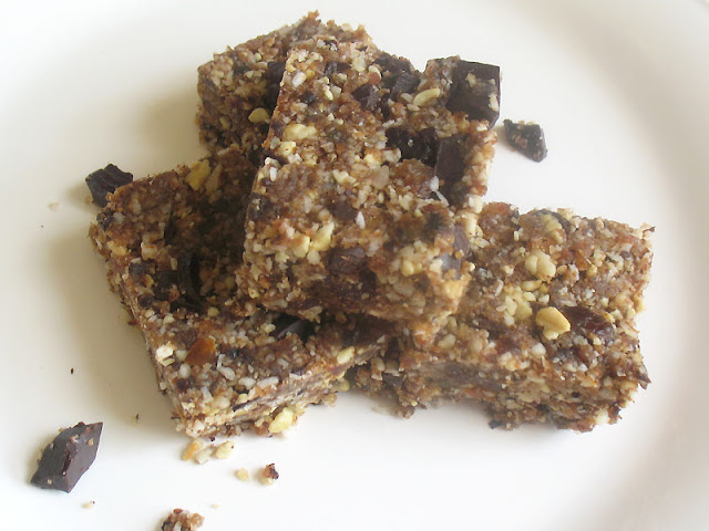 nut bars with dark chocolate