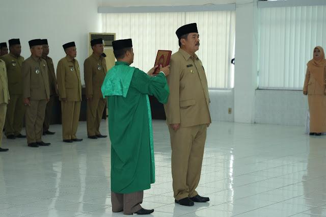Pengambilan saumpah jabatan Taufik ZA sebagai Sekda Asahan.