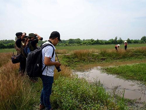 Một buổi sinh hoạt nhiếp ảnh của các nhiếp ảnh gia CLB Ảnh Kiến trúc sư TP HCM