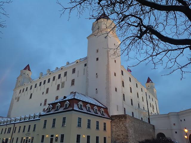 Hrad castillo de bratislava hd nevado