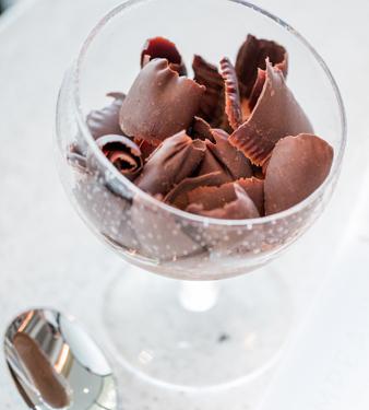 Mousse au chocolat par Christophe Michalak