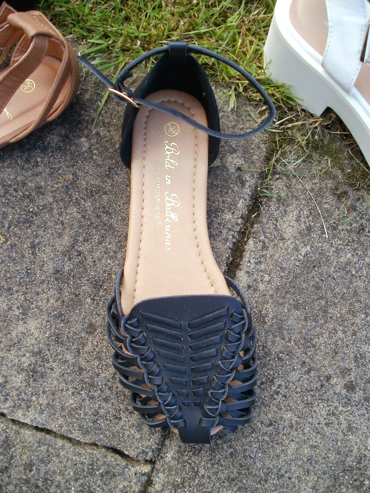 62c1ddf11d0e6 Next up I m bundling all of the flat ankle strap sandals in together.  They re all really cute