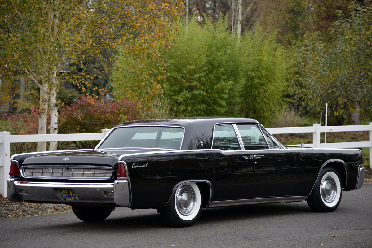 iconic 1963 lincoln continental offered at auction with no reserve. Black Bedroom Furniture Sets. Home Design Ideas