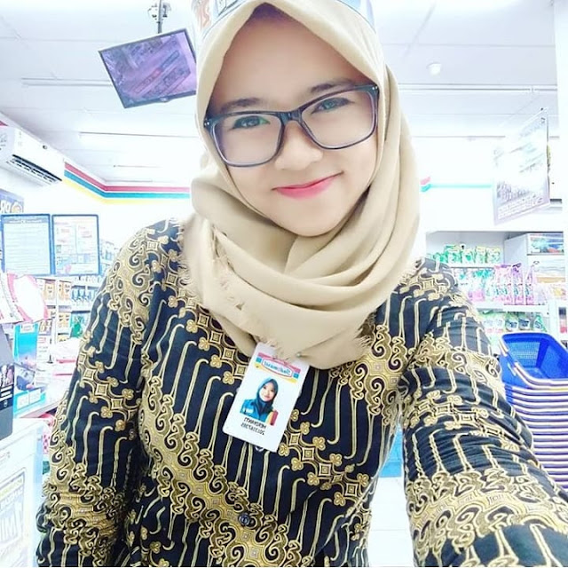 Smile of the Hijaber Girl